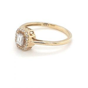 18K YELLOW GOLD EMERALD CUT DIAMOND RING_1