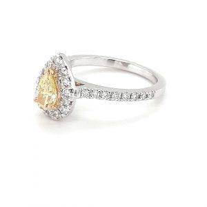 PEAR CUT FANCY YELLOW DIAMOND RING_1