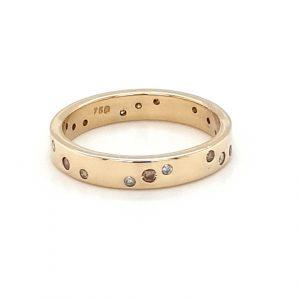 18K YELLOW GOLD FLUSH SET DIAMOND RING_1
