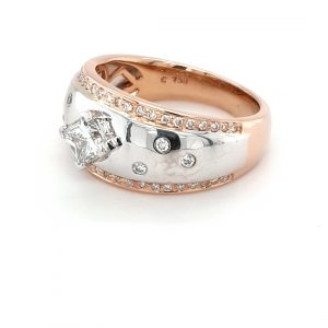 18K WHITE AND ROSE GOLD PRINCESS CUT DIAMOND RING_1