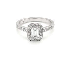 18K WHITE GOLD CLUSTER DIAMOND RING_0
