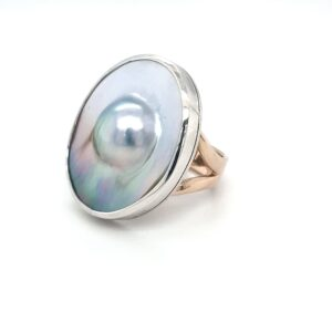 9K YELLOW GOLD AND STIRLING SILVER ABROHLOS MABE PEARL RING._1