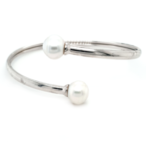 Leon Bakers Sterling Silver Broome Pearl Bangle_0