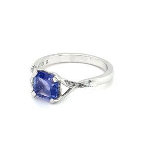 Leon Baker 18K White Gold Tanzanite and Diamond Ring_1