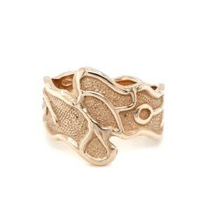 Leon Baker 9K Yellow Gold Molten Style Ring_0