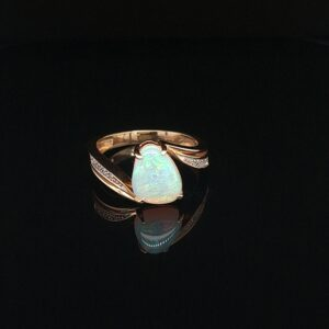 Leon Bakers 14K Yellow Gold Solid Opal Ring_0