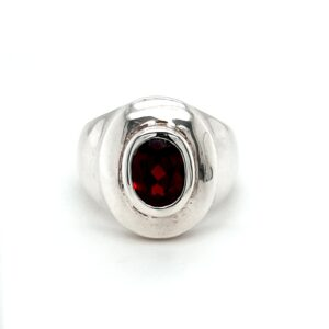 Leon Baker Sterling Silver and Garnet Ring_0