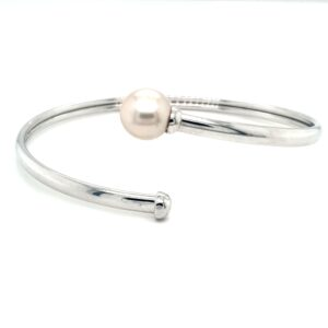Leon Baker Sterling Silver and Broome Pearl Bangle_0