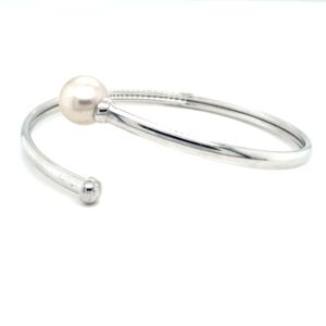 Leon Baker Sterling Silver and Broome Pearl Bangle_1